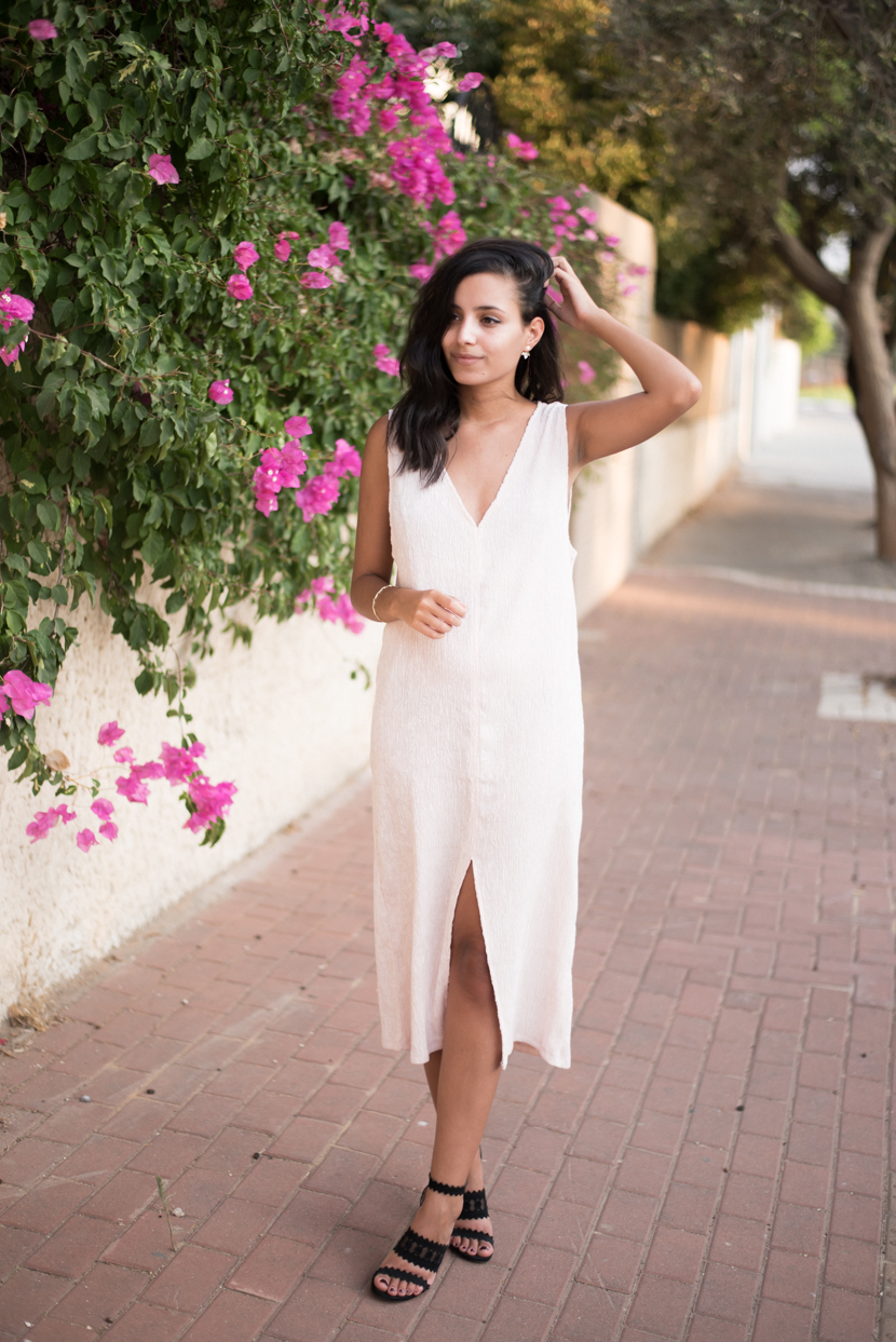 peek-a-boo lace bra, baby pink dress, shlomit ofir ear jackets, breezy summer look wearing heels
